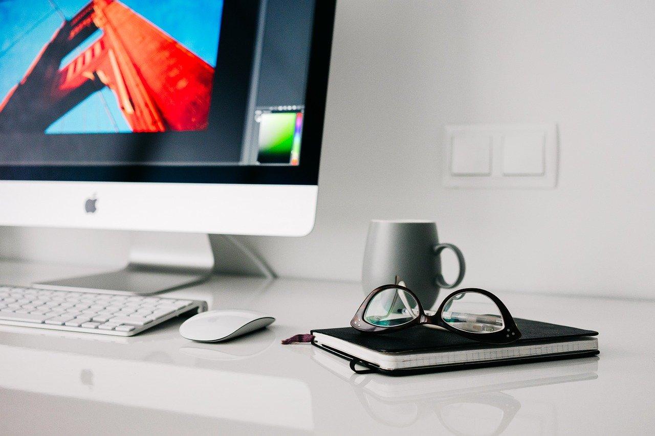 #homeoffice na piątkę, czyli 5 sposobów na organizację domowego biura