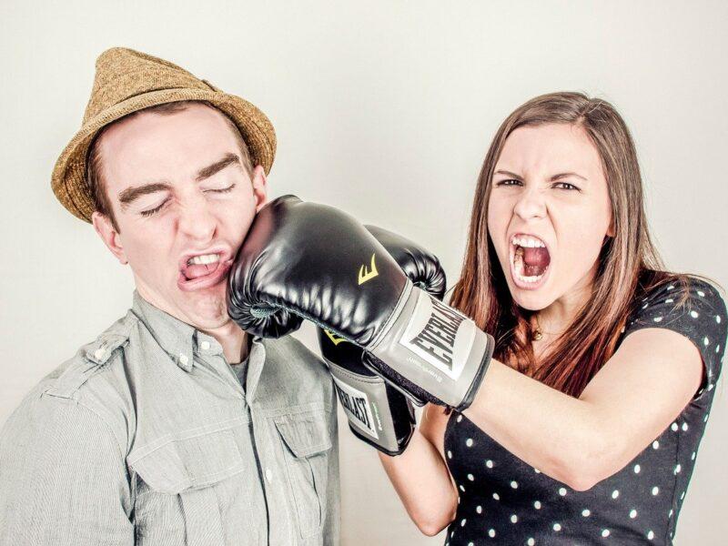 Dlaczego ludzie biorą rozwody?