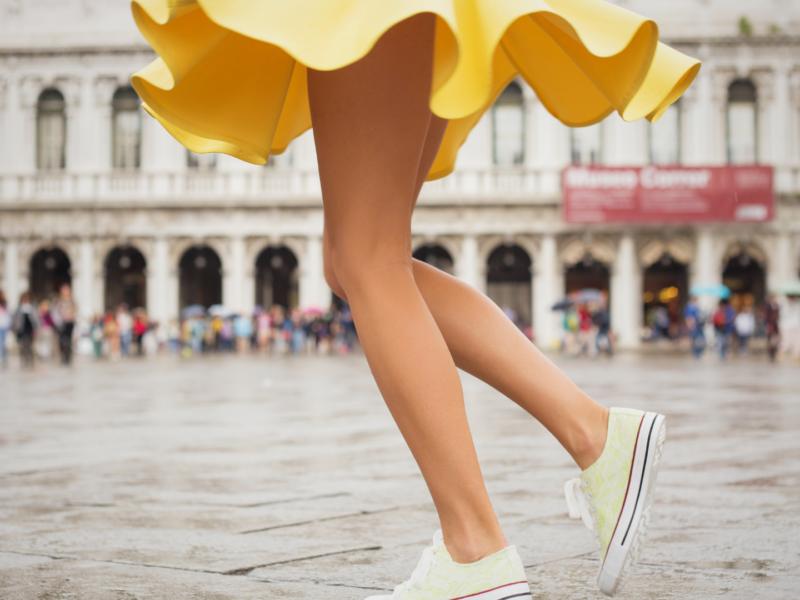 Sukienki czy spódnice – co chętniej nosimy latem?